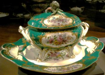 Soupière en porcelaine de Saxe
