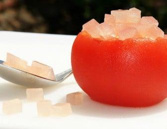 Tomate à la gelée d'eau de rose