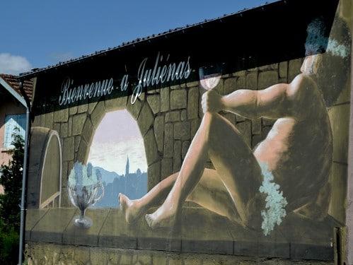 Panneau d'accueil de la commune de Juliénas