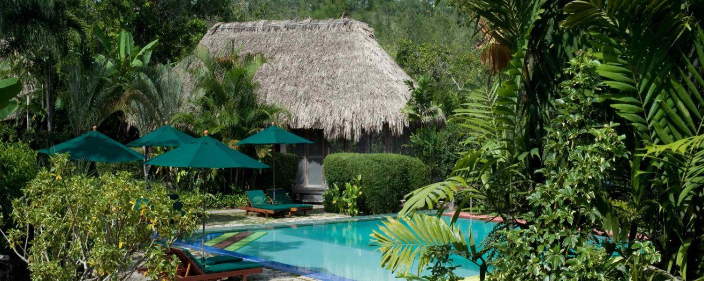 Une piscine de l'hôtel Blancaneaux Lodge