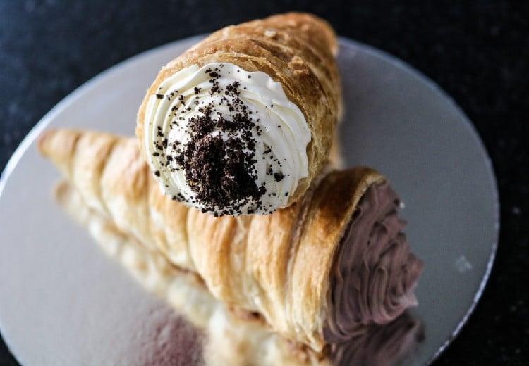 Cônes à la crème chantilly et au cacao