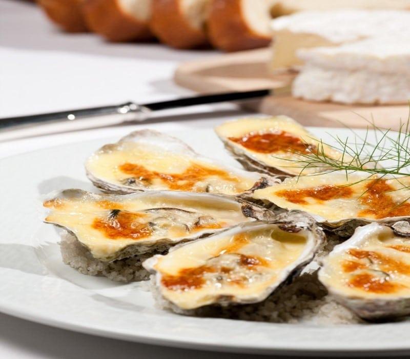 Huîtres de Cancale gratinées au camembert