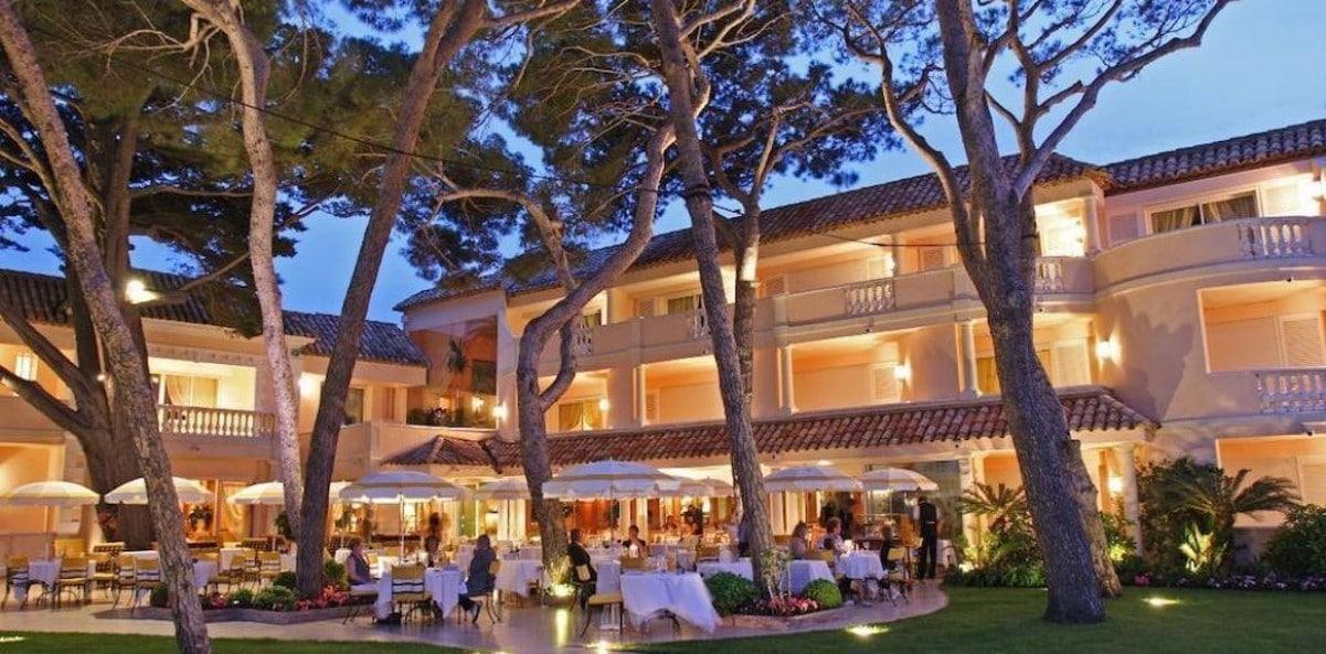 L'hôtel Cheval Blanc Saint-Tropez le soir
