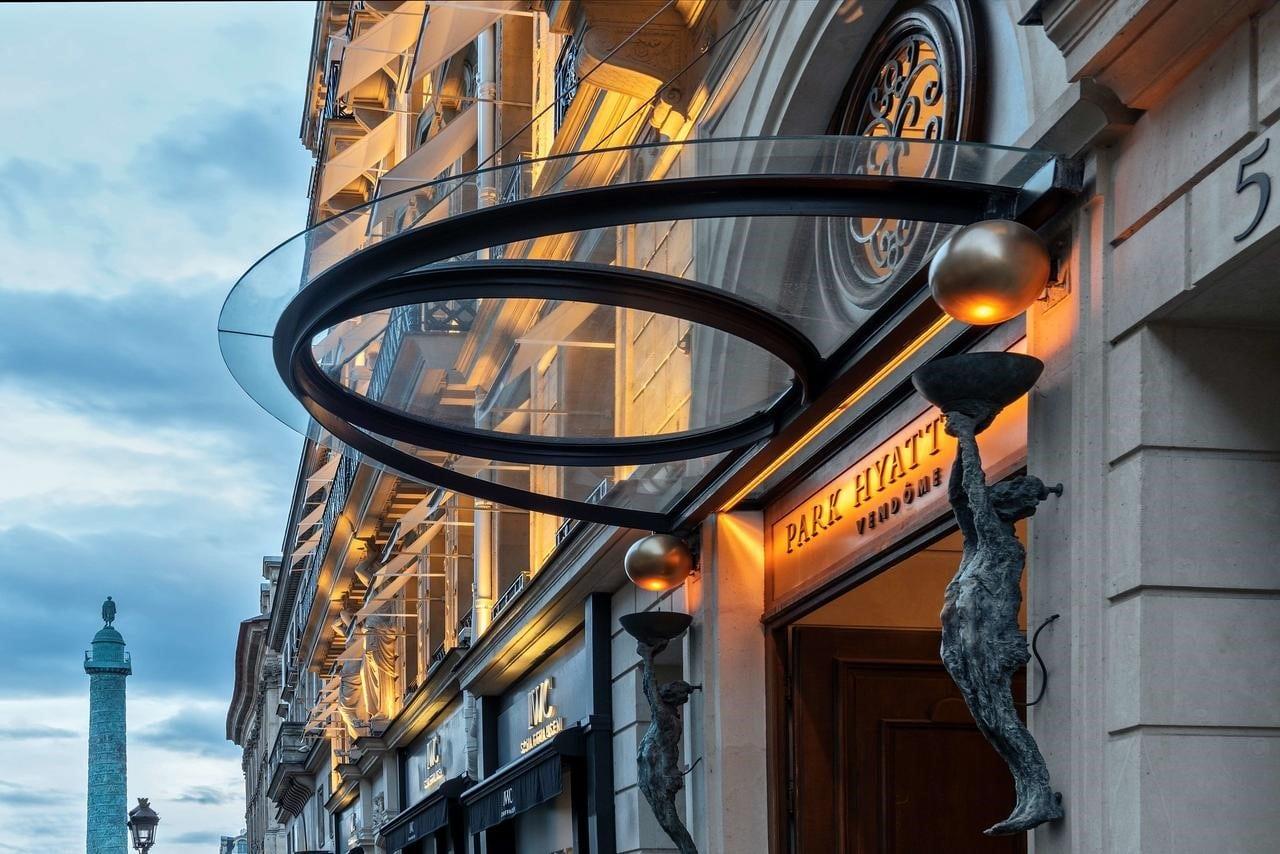 L'hôtel Park Hyatt Paris-Vendôme le soir