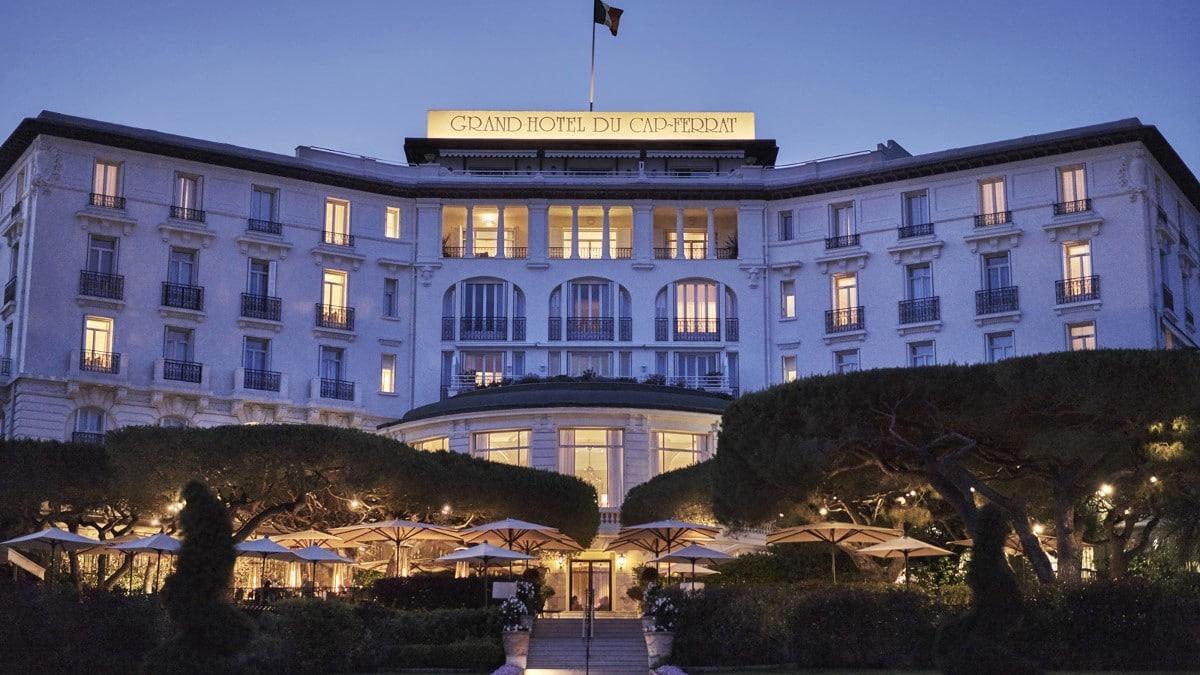 Le Grand-Hôtel du Cap-Ferrat le soir