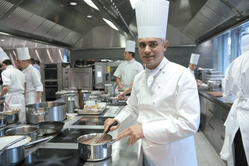 Benoît Violier en cuisine