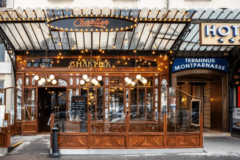 Le restaurant Bouillon Chartier rue du Faubourg-Montmartre à Paris