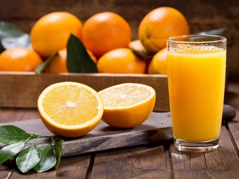 Orange et jus d'orange