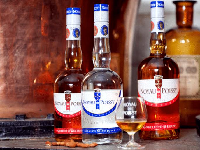 Liqueurs Noyau de Poissy