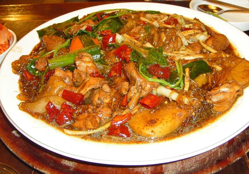 Jjim au poulet d'Andong
